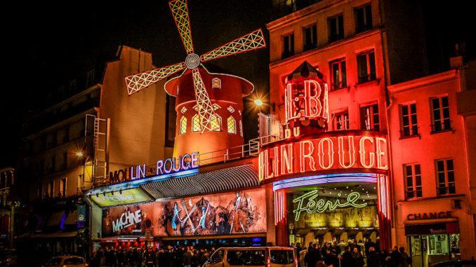 """Кабаре """"Мулен Руж"""" - ночная жизнь в Париже, достопримечательности Парижа."""