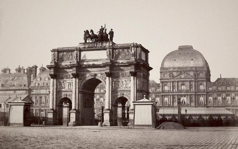 Дворец Тюильри и триумфальная арка Каррузель